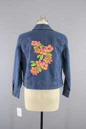 coat,fashion,denim,floral,jacket,denim jacket,blue jean jacket,blue jeans jacket,blue,floral denim,floral embroidered denim jacket,floral embroidery,embroidered,upcycle,recycle,embellished,embellished denim,embellished jacket,embroidered denim,embroidered floral,floral embroidered,tropical,tropical flowers,tropical flower,hawaiian floral,pink flowers,orange flowers,floral jacket,vintage,thisbluebird