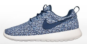shoes nike roshe run blue shoes fashion liberty shoes nike blue floral help needed shorts