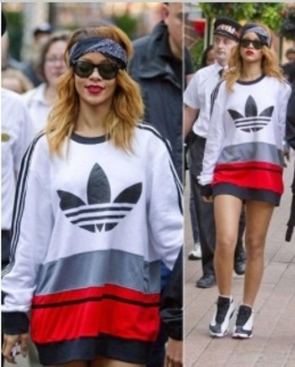 sweater blouse rihanna sweatshirt hoodie couleurs funny top