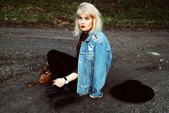 thelma malna blogger leggings denim jacket ripped velvet leggings