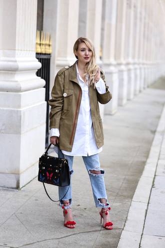ohh couture blogger coat blouse jeans bag shoes jewels