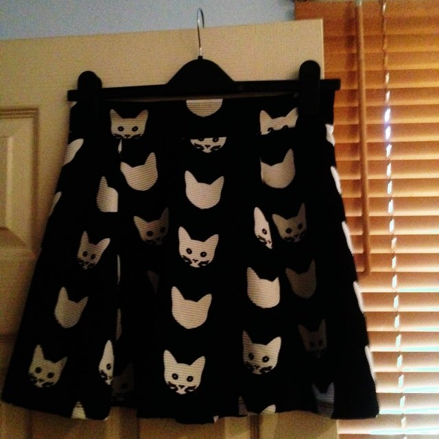 Black and white cat print skirt from h&m size small, ...