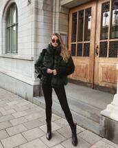 coat,faux fur coat,jeans,black jeans,skinny jeans,ankle boots,black boots,sweater,sunglasses,shoulder bag