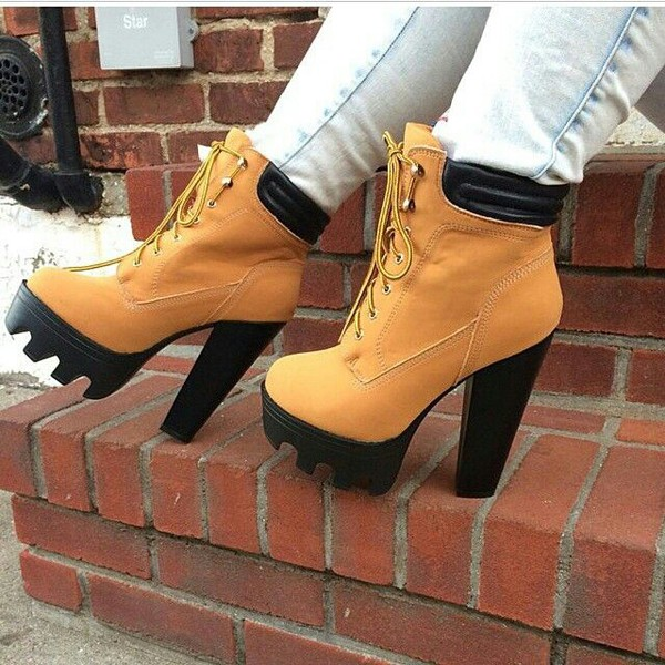 NEW WOMENS LACE UP LADIES CHUNKY HEEL CLEATED SOLE ANKLE BOOTS ...
