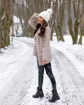 hat tumblr beanie pom pom beanie white beanie coat grey coat pants black pants vinyl black vinyl pants boots black boots