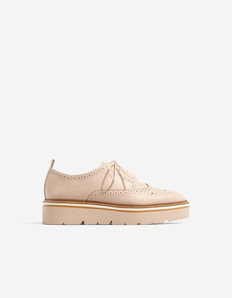 Stradivarius nude shoes