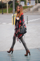jacket,clothes,fashion,blanket cape,cape,blanket,coat,warm,winter outfits,boots,brown boots,heels,shoes,sweater,talons,chaussures talons hauts,chaussures ? lacets,cuir,marron,chaussures ? talons