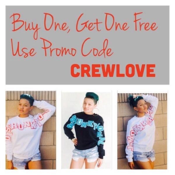 sweater crewneck crewneck sweatshirt varsity