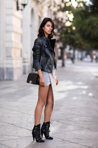 viva luxury blogger bag jewels draped grey skirt black boots date outfit