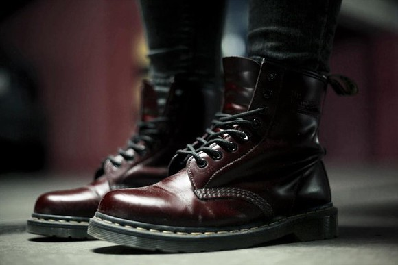 large DrMartens boots british rock classic musthave dream DrMartens martens DrMartens burgundy