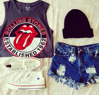 shirt the rolling stones red black tongue top shorts t-shirt tank top band t-shirt beanie torn shorts tounge hipster established 1962 mouth white converse cut offs cutoff jeans cute outfits classic rock ripped shorts black beanie tomboy skater converse high top converse cut off shorts distressed denim shorts hat shoes short dark crop shorts converse in white black sweater cap rolling stones t shirt blouse