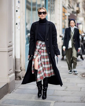 skirt tartan slit skirt coat black coat long coat oversized coat oversized top turtleneck black top boots black boots plaid skirt tartan skirt