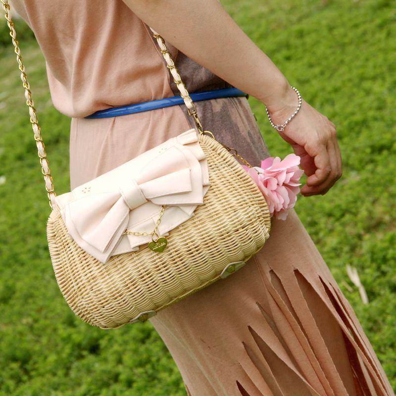 Flower bow straw bag sweet women's handbag knitted rattan bag messenger bag-inMessenger Bags from Luggage & Bags on Aliexpress.com