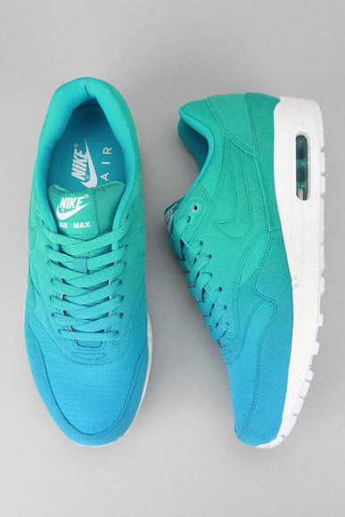 shoes blue nike tye dye nike air max nike air turquiose woman shoes nike running shoes green white airmax lovely color fade ombre sneakers pls lovelovelove shoes, blue, nikes, green nikeairmax1 turquoise summer