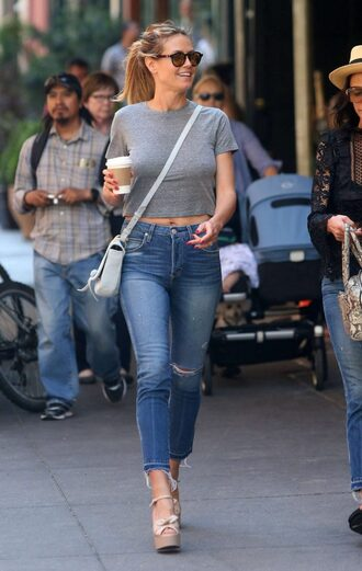 top grey grey top crop tops heidi klum sandals platform sandals jeans purse streetstyle