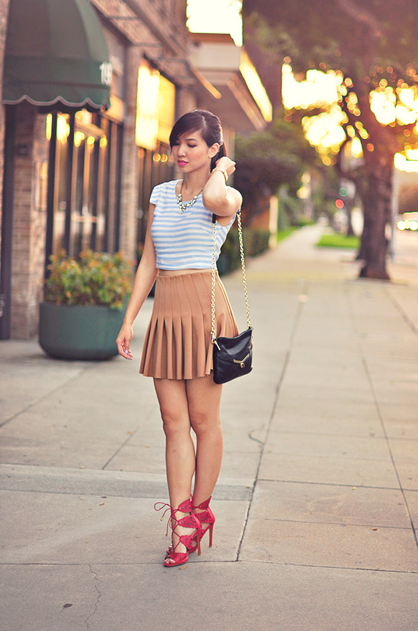 fresh fizzle blogger top jewels camel stripes cluch heels