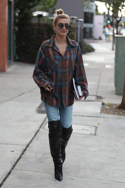shoes boots shirt plaid plaid shirt hailey baldwin streetstyle fall outfits celebrity model off-duty