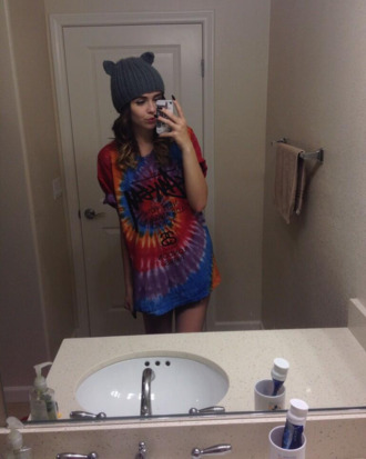 shirt tie dye vintage hippie i like the shirt not acacia cool fashion hat die dye acacia brinley blue red style girl girl shirts t-shirt grey hat cats cat hat