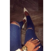 jeans,ripped jeans,denim,blue skinny jeans,skinny jeans,style,white high heels,high heels,classy,shoes,pointy toes