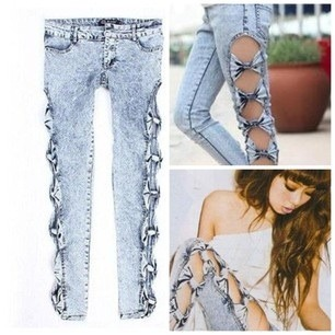 Bows  On My sides  Jeans — Appealing Boutique