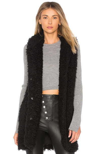 BB Dakota vest black jacket