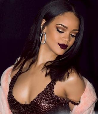 make-up burgundy lips