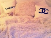 home accessory,bedding,chanel,faux fur,pillow,girly,pink,chic,bedroom,chanel inspired