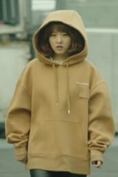 top,strong woman do bong soon,kdrama,park bo young,korean fashion,cream,tan,hoodie,oversized,oversized sweater,cute,big,solid,K-pop,south korea,sweater