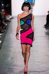 dress,sara sampaio,model,NY Fashion Week 2016,runway,jeremy scott,one shoulder,one shoulder dress