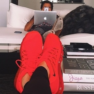 shoes red nike nike shoes red nike shoes red shoes sneakers red sneaker sportswear kendall jenner