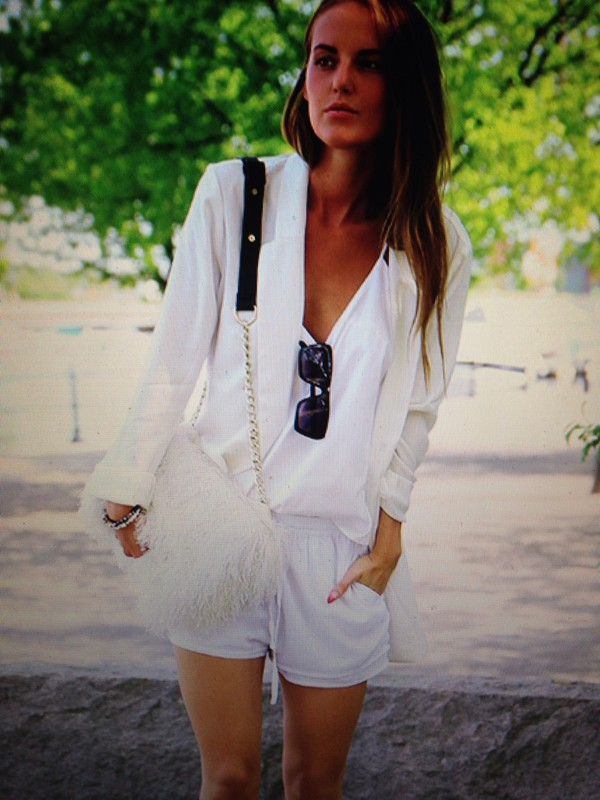 shorts white bag