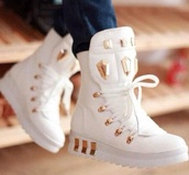 shoes,white,gold,platform shoes,platform sneakers,high top sneakers,white boots with gold spikes,white gold diamond,cute,white gold high tops,white shoes,whote sneakers,sneakers,style,dope,creps,high top,fashion,high tops,any color,white sneakers
