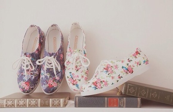 khaki shoes floral flowers roses pink
