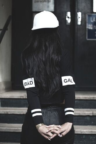 sweater edgy hat shorts leather white black