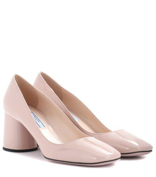 Prada pumps leather pink shoes