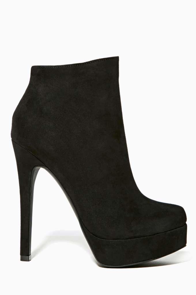 Shoe Cult Veronika Platform Bootie - Black | Shop Boots at Nasty Gal
