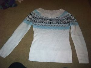 Juniors op ivory sweater size small 3 5
