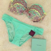 swimwear,bikini,victoria's secret,gorgeous,underwear,pants,blue,light blue,aqua,summer,yellow,pink,cute,girly,print top,tiffany blue,bathing suit top,bag,floral swimwear,color green vert bandeau,jaune rose motifs,tie back,green,floral,blue swimwear,bandeau bikini,pastel,aztec,victoriassecretpink,turquoise,tiffany and co,stripes,pattern,tiffany premier edition,victoria's secret bikini,bikini top,bikini bottoms,paisley,beach,swimwear two piece,printed bikini