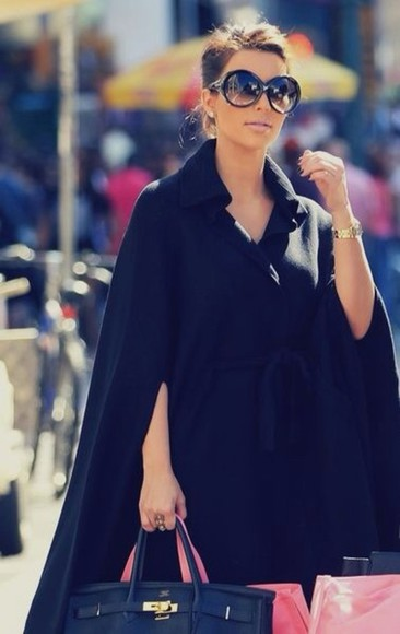 kim kardashian jewels coat black