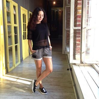 shorts fusion clothing black tee black grey summer shorts beach shorts summer outfits short shorts grey shorts streetwear