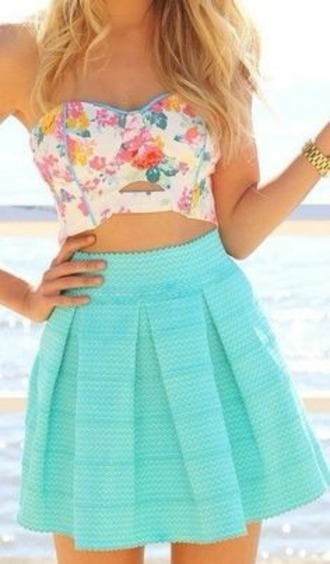 skirt shirt crop tops floral floral crop top floral tank top floral strapless high waisted skirt blue skirt pleated skirt