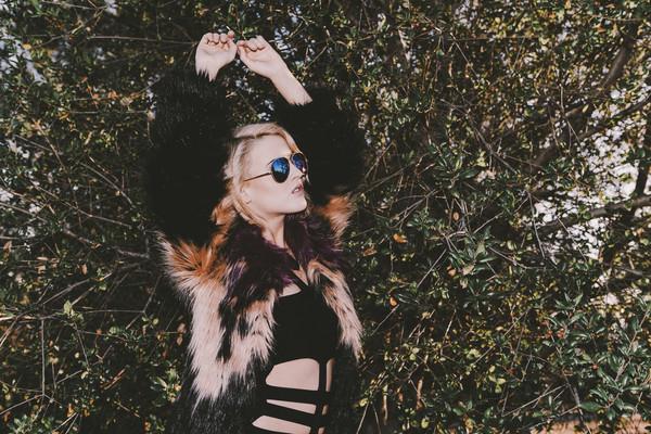 i hate blonde jacket sunglasses