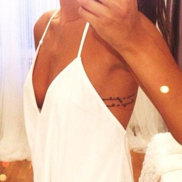 dress singlet v-nec v neck v neck white dress v neck dress spaghetti strap spaghetti straps dress