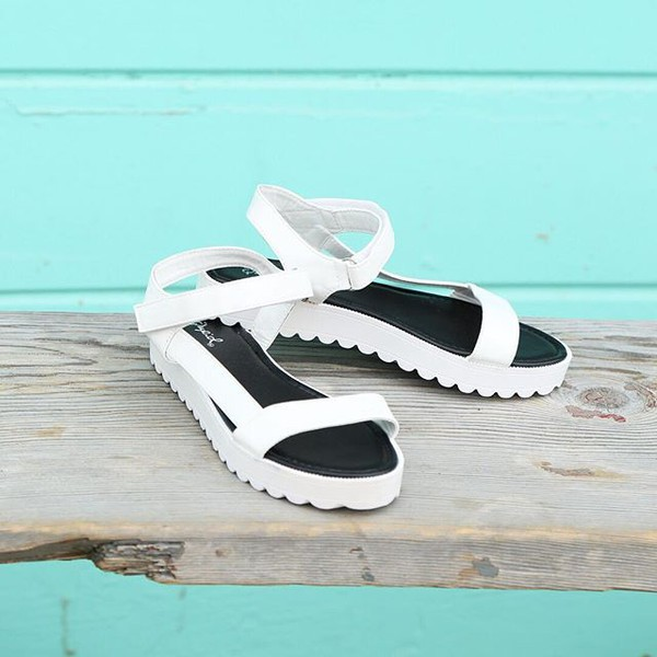 shoes sandals fashion style fashionista trendy 90s style qupid