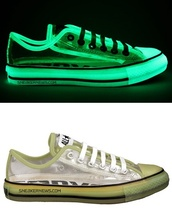 shoes,phosphorescent,chuck taylor all stars,converse,transparent,fluo,neon,lighting,hipster,shinning,glow in the dark,dope,style,sneakers
