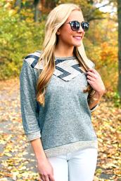 sweater,chevron,chevron top,chevron sweater,sequins,sequin sweater,sweatshirt,winter sweater,fall sweater,gold sequins,gold,grey sweater