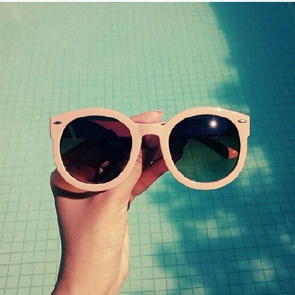 0aea77d69fd Womens Designer Round Sunglasses Oversize Retro Fashion Sunglasses 8623