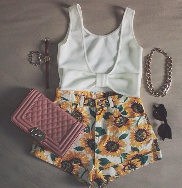 blouse jewels shorts bag