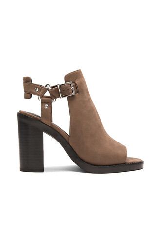 heel coral taupe