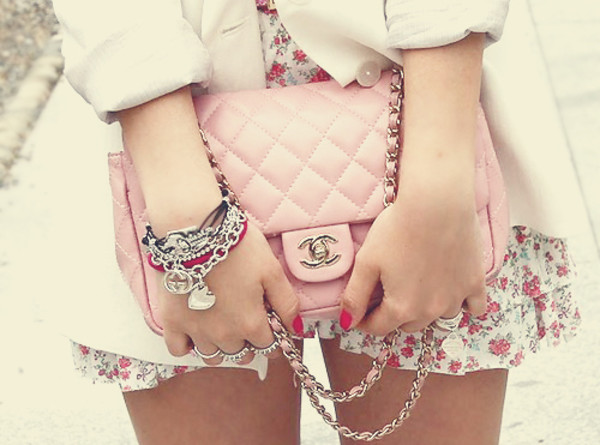 dress rose bag chanel chanel bag chanel inspired baby pink luxury pink girl fashion glamour style love chanel inspired perfecto flowers floral blazer coat clutch pink bag small cute jacket bracelets jewels light pink pastel bag gold